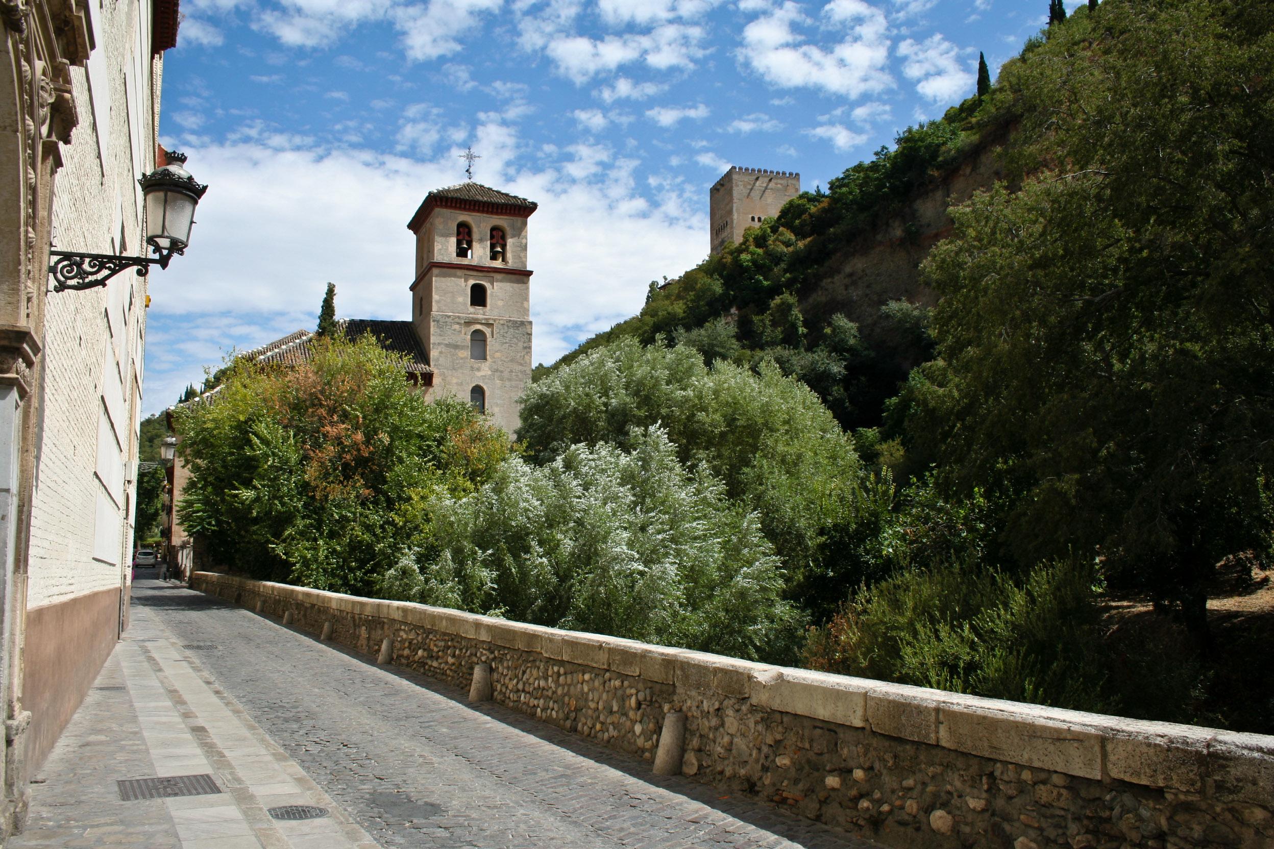 Baños Arabes Granada Paseo De Los Tristes:Granada